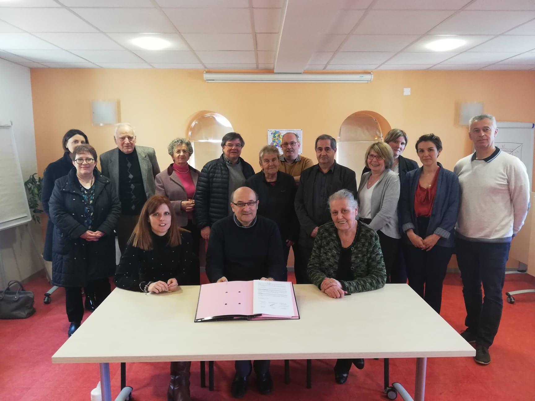 Signature de la convention tripartite entre l'Association Résidence Saint Nicolas, les élus de la Communauté de Communes et l'Association des professionnels